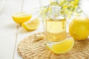 LemonEssentialOil-850x567